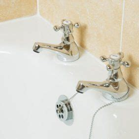 cleaning lime stains   bathtub stains  white