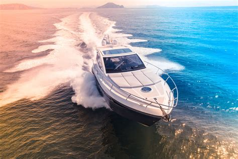 What Does Boat Insurance Cover?