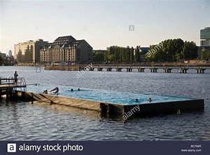 Pools In Berlin : spree pool floating swimming pool in the spree river treptow stock photo royalty free image ~ Eleganceandgraceweddings.com Haus und Dekorationen