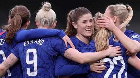 Chelsea Women give WSL prize money to charity Refuge ...