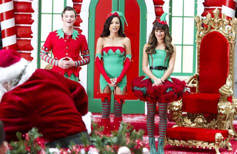 'glee' Christmas Episode Preview Snarky Santa And His Elves