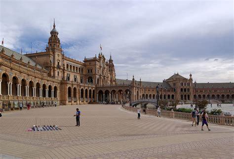 Architecture : Spanish Architecture