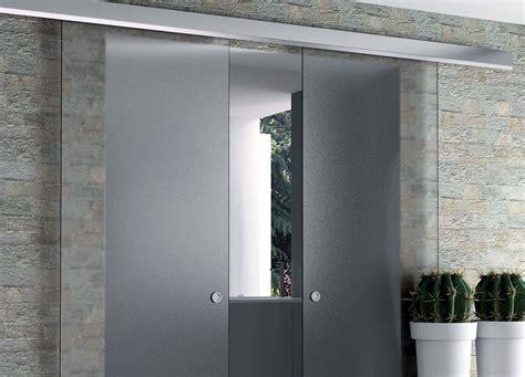 porte coulissante en verre pour cuisine rails pour portes coulissantes eclisse eclisse