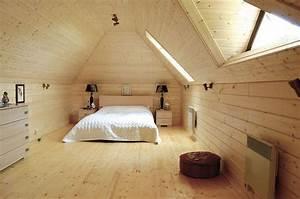 Lambris Pvc Plafond 3m : lambris bois sous toiture ~ Dailycaller-alerts.com Idées de Décoration