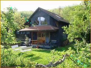Kleines Haus Mit Garten Kaufen : ferienhaus hexenhaus neckargem nd neckartal ~ Frokenaadalensverden.com Haus und Dekorationen