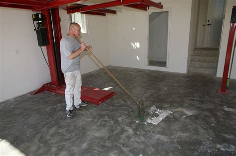 Epoxy Garage Floor: Process Epoxy Garage Floor