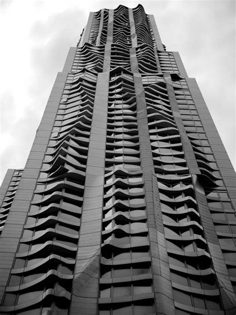 New York by Gehry: Tallest Residential Tower in Western