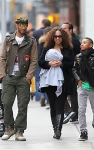 Picture Me DopeSwizz Beatz, Alicia Keys & Kids Walking