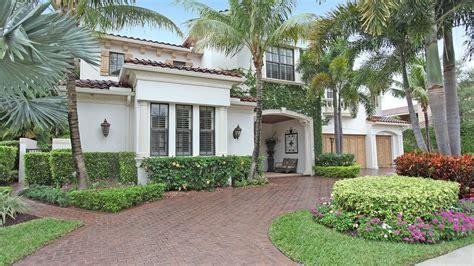 2127 court palm gardens florida 33418