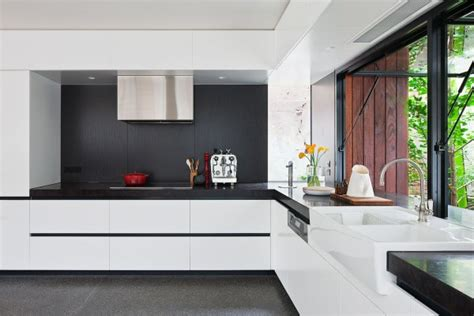 A Beautiful Melbourne House That Connects With Its Exteriors by A Beautiful Melbourne House That Connects With Its Exteriors