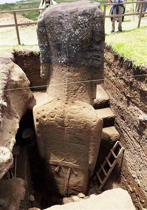 easter island moai rongorongo crystalinks