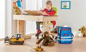 Bauanleitung Höhenverstellbarer Tisch : ein schreibtisch f rs kinderzimmer kinderm bel ~ Markanthonyermac.com Haus und Dekorationen