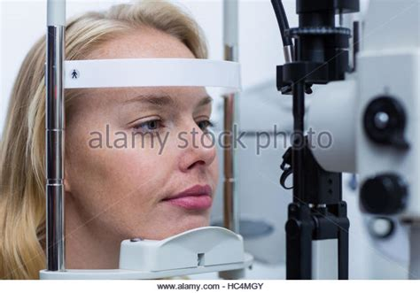 slit l eye exam slit stock photos slit stock images alamy