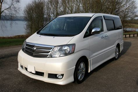 Toyota Alphard Review