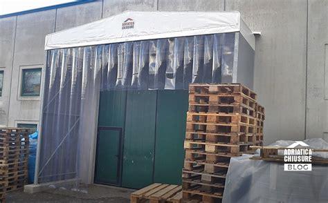 porte a strisce porte a strisce in pvc industriali adriatica chiusure