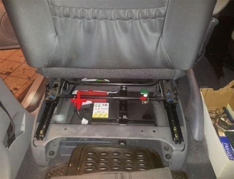 siege conducteur xsara picasso trouver et changer la batterie sur xsara picasso