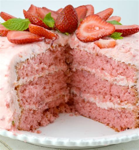 strawberry triple layer cake keeprecipes  universal