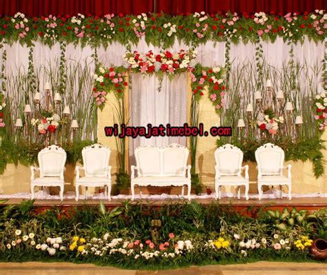 kursi pelaminan putih modern wijaya jati mebel