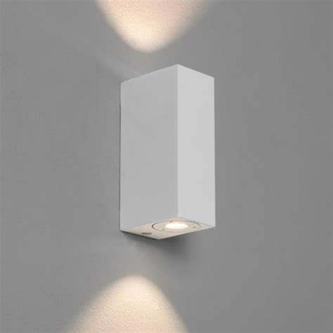 Bathroom Light Fixtures Face Up Or Down