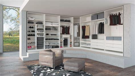 Ankleidezimmer Mit Schrä Planen by Begehbare Kleiderschr 228 Nke M 214 Bel Interliving Hugelmann