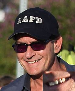 Charlie Sheen steps out with his REAL teeth! Yikes! - Oh ...