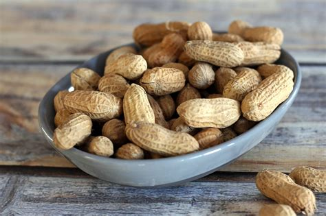 how to roast peanuts how to roast peanuts in the shell or shelled