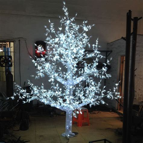 2 8meter 2880led white color outdoor lights tree