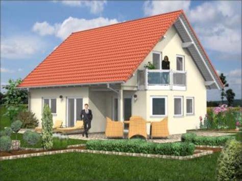 Tolles Haus Mit Satteldach, Erker Und Balkon Homebooster