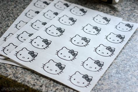 kitty macarons javacupcake