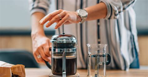 Read on to find out how buying a simple grinder for grinding the coffee beans just before brewing your cup is the best way to ensure you get the grind right. 9 Best Ways To Clean A French Press Easily - Kitchenzap