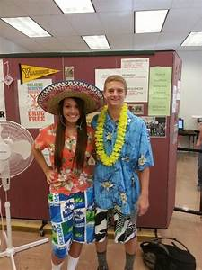 Tourist day. Spirit week. School spirit done right! | Spirit week | Pinterest | School spirit ...