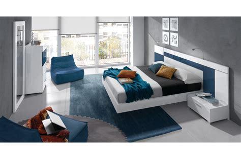 chambre taupe et blanche dco chambre bleu blanc taupe lille 78 05531106 papier