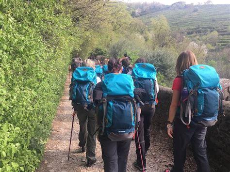 si e decathlon la esperienza di trekking in brianza con decathlon