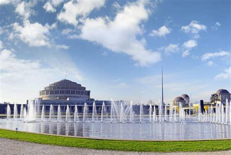 ヴロツワフの百周年記念ホール【ポーランド情報】