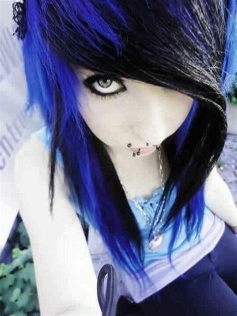 Vibrant Blue And Black Emo Hair Canine Bites Septum