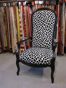 fauteuil voltaire relooke myfrdesignco With meuble bar design contemporain 13 chambre enfant mixte with classique chambre denfant