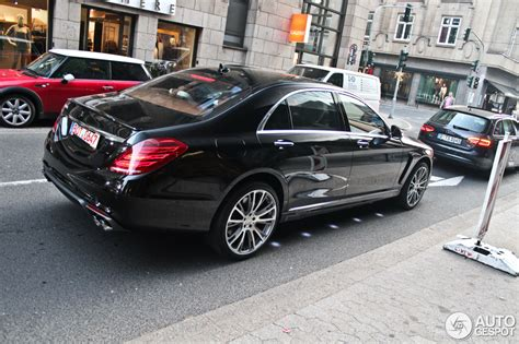 This is the type designation of a luxury multimedia sedan that brabus presents at the 2013 iaa in a word premiere. Mercedes-Benz Brabus 850 6.0 Biturbo iBusiness - 24 September 2013 - Autogespot