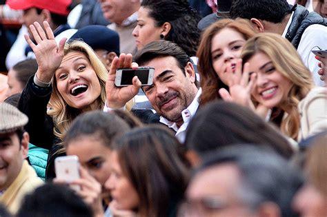 Toño y Karla Mauri y Carla Alemán, Javier y Ana Paula ...