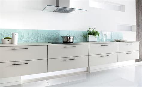 prix d une cuisine schmidt credence en verre cuisine credence cuisine en verre laque turquoise2 credence verre cuisine
