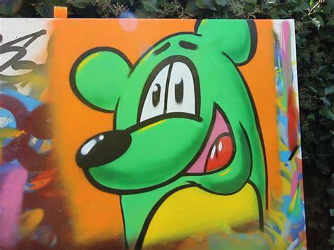 charakter farben test graffiti spraybar