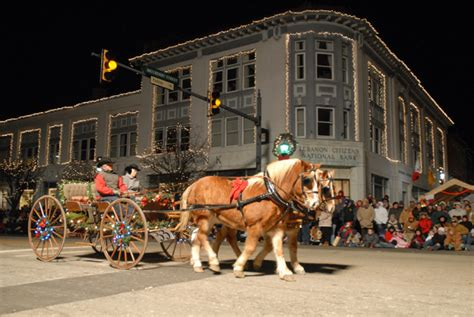 christmas lights lebanon tennessee the top towns and activities in ohio