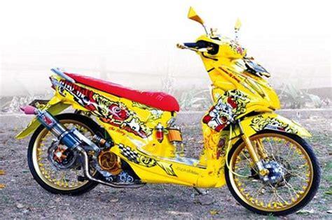Motor Thailook Beat by Gambar Motor Thailook Beat Fi Motorcyclepict Co