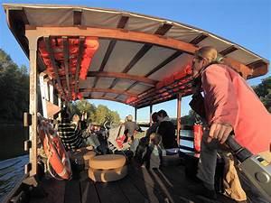 La Loire En Bateau : promenade en bateau sur la loire tours tours equipements de loisirs ~ Medecine-chirurgie-esthetiques.com Avis de Voitures