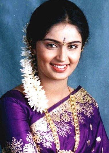 tamil actress kausalya turns swami nithyanandas disciple