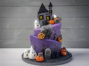 Eine freundliche Halloween Torte