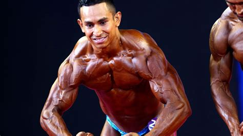 bodybuilding shows   muscles   debut