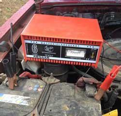 batterie laden auto autobatterie aufladen hilfefuchs de