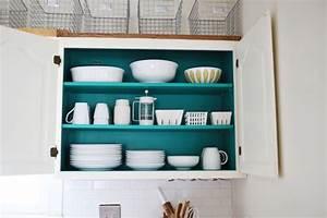 10 facons de transformer ses armoires de cuisine sans les for Kitchen colors with white cabinets with papiers peints pas cher