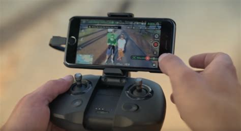 yuneec mantis  foldable  travel drone newsshooter
