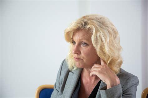 Regīna Ločmele: Izskatās - kāds vēlas liegt ziņas krievu ...